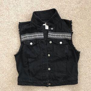 H&M | Black vest